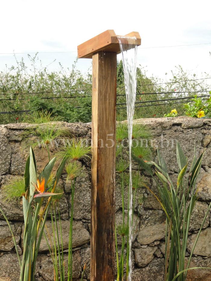Chuveir o de madeira para piscinas mh5 carpintaria for Duchas para piscina